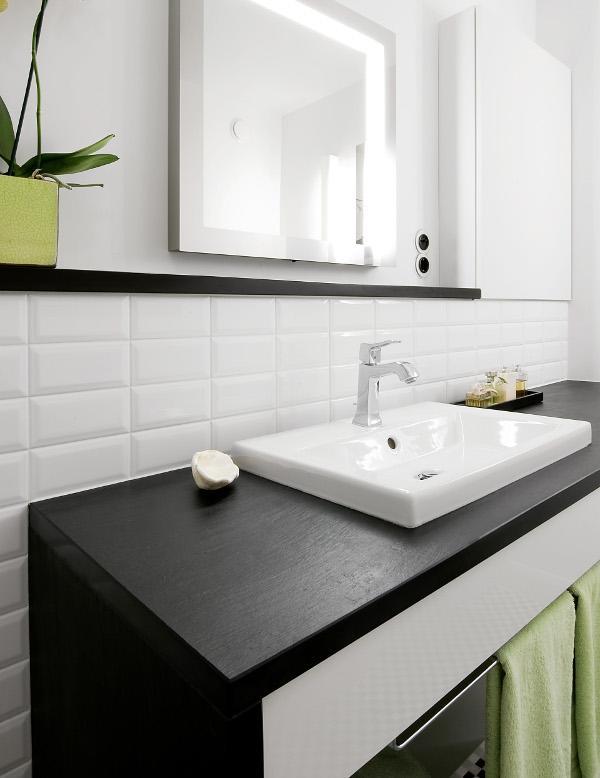 das holz im bad 1x1 bad heizung. Black Bedroom Furniture Sets. Home Design Ideas