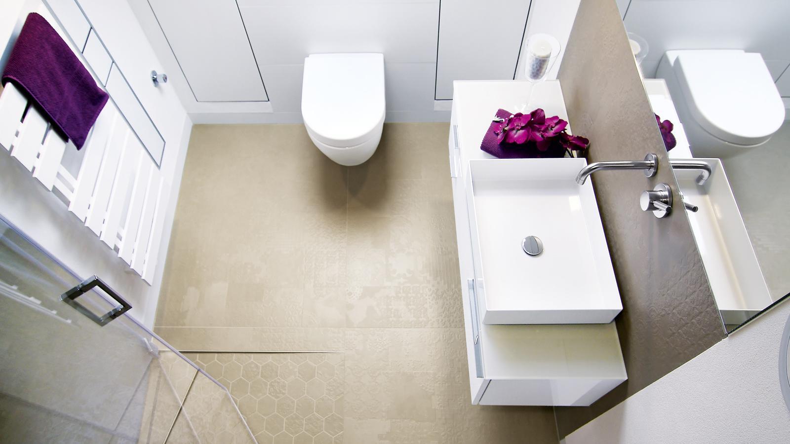 Sie Möchten Ihr Badezimmer Sanieren, Renovieren Oder Umbauen? Ihr Badumbau  Soll Möglichst Wenig Arbeit Machen? Wir Planen Und Gestalten Ihr Bad Neu  Und ...